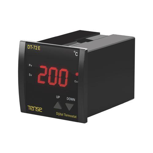 controllore di temperatura digitale / termoelettrico / di riscaldamento / montato su pannello