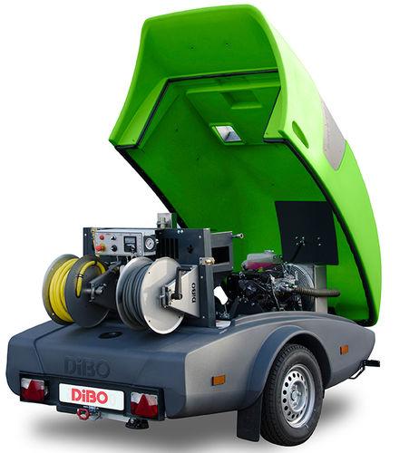idropulitrice ad acqua calda / con motore diesel / rimorchiabile / ad alta pressione