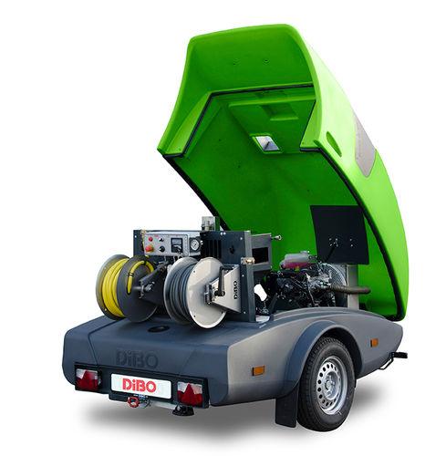 idropulitrice / con motore diesel / rimorchiabile / ad alta pressione