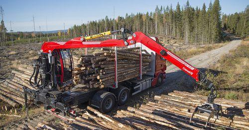 gru montata su camion