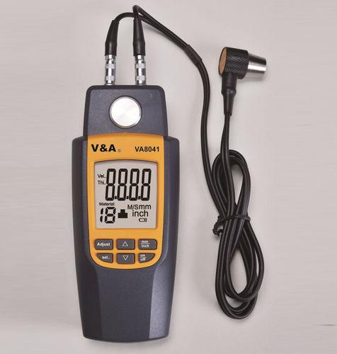 misuratore di spessore ad ultrasuoni / con display digitale / portatile