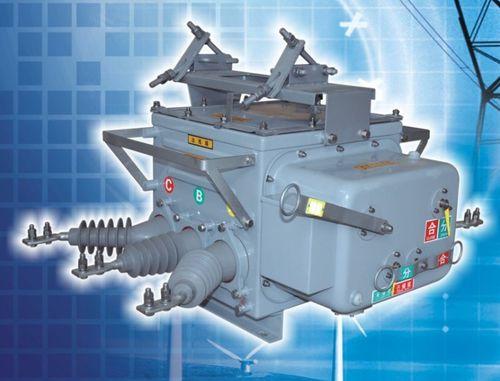 interruttore automatico a vuoto / contro i cortocircuiti / per sovraccarichi / trifase