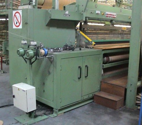 macchina per tessere di tappeto