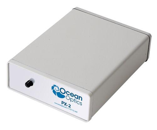fonte di luce UV / con lampada allo xeno / pulsata / per spettroscopia