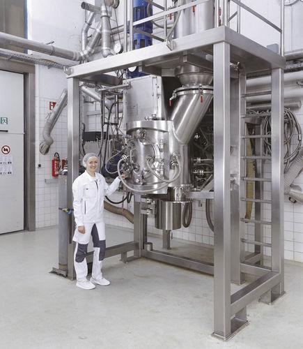 essiccatore con miscelatore / sottovuoto / discontinuo / per l'industria chimica