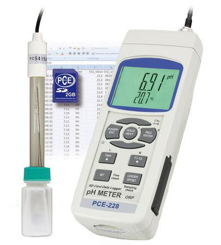 pHmetro portatile / di processo / con display LCD / con redoximetro