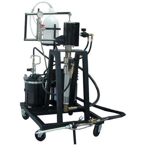 installazione di stampaggio a trasferimento di resina RTM