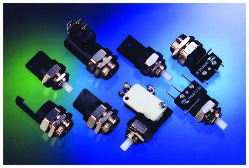 commutatore tattile / unipolare / a comando pneumatico / elettromeccanico