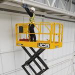 piattaforma elevatrice a forbice mobile / per uso in interni ed esterni / elettrica