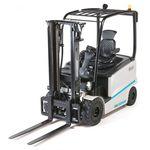 carrello elevatore elettrico / con conducente seduto / per movimentazione / 4 ruote