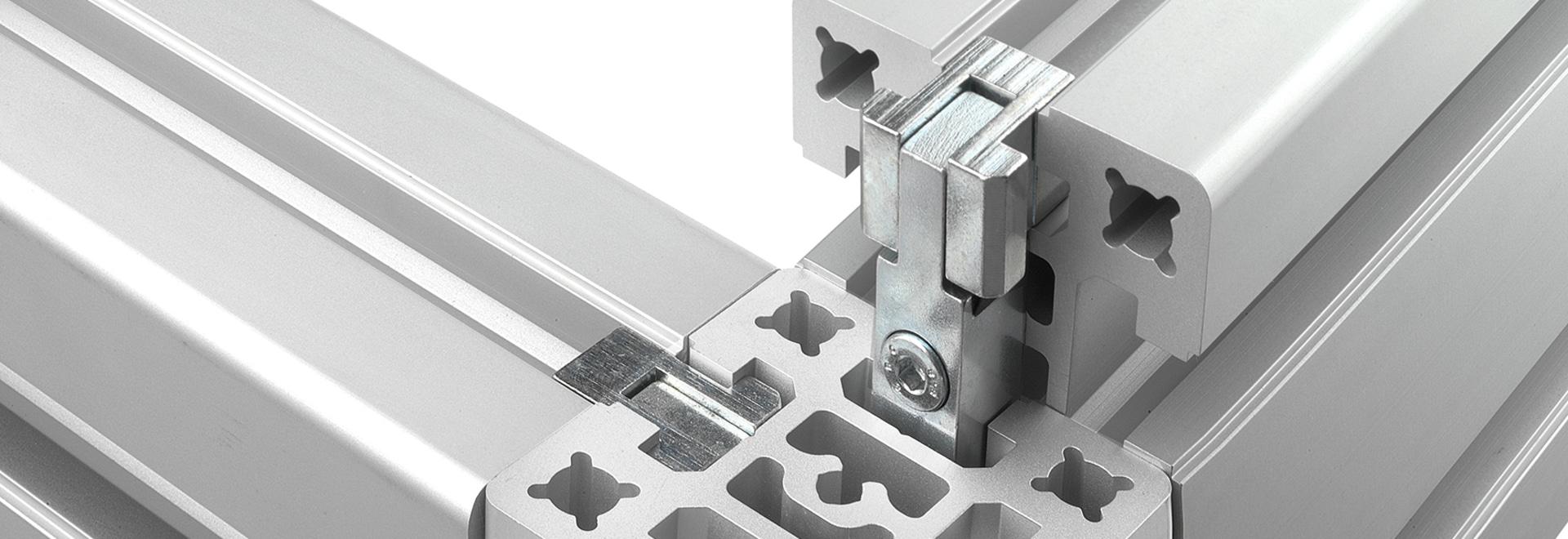 Collegare i profilati in alluminio senza lavorazioni tramite raccordo a pressione