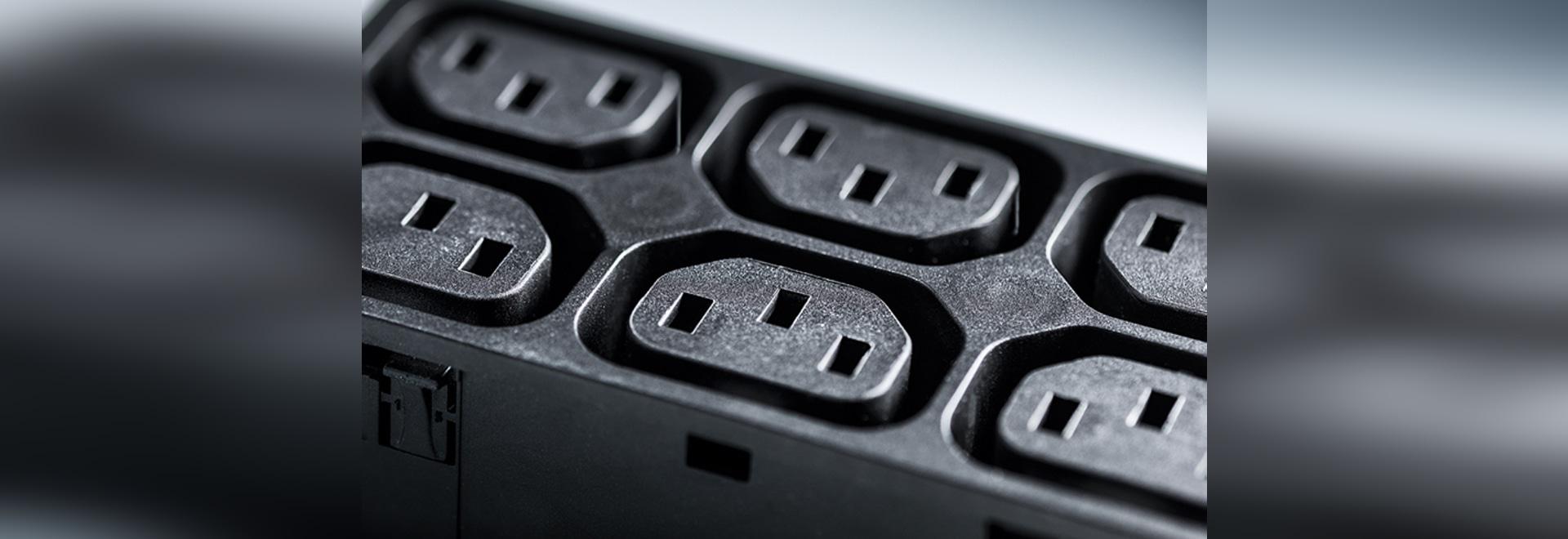 Serie 4751: Uscita per apparecchi IEC a banda larga Tipo F