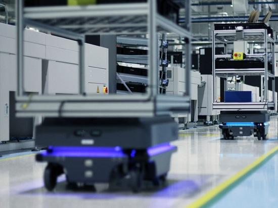 MiR lancia l'opzione Robots-as-a-Service per i suoi robot mobili