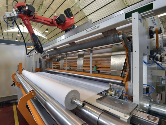Con uno sbraccio di 1400mm è il robot ideale per applicazioni veloci e precise