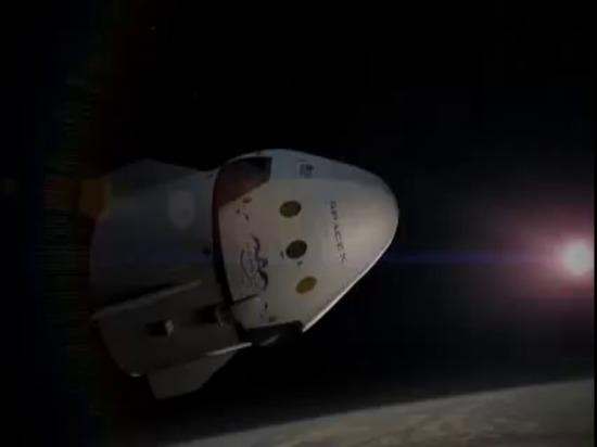 Drago V2 di SpaceX | Animazione di volo